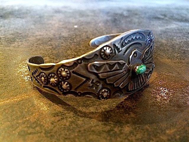 Navajo Vintage Bangle_f0203050_16313123.jpg