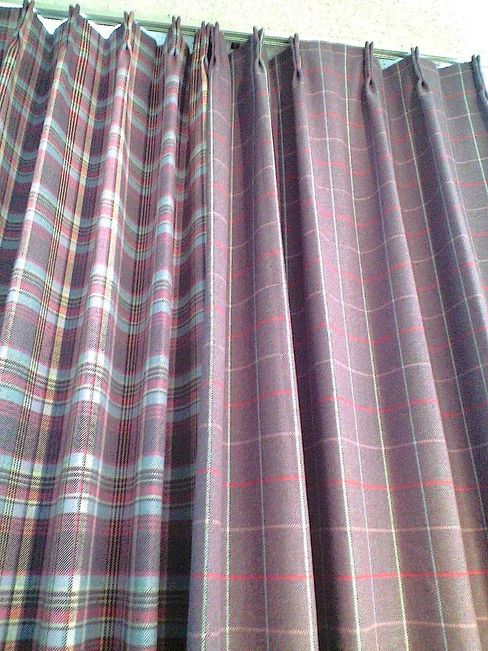 チェック柄ウールのカーテン_c0157866_16485554.jpg