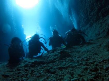 青の洞窟行ってきました!!_a0156273_18172596.jpg