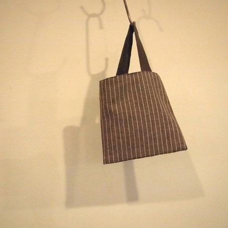 家次久仁子さんの刺繍ポシェットと刺し子のかばん_b0322280_23474793.jpg