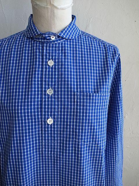 ナチュラルランドリーのシャツとチノパン_b0079489_19343744.jpg