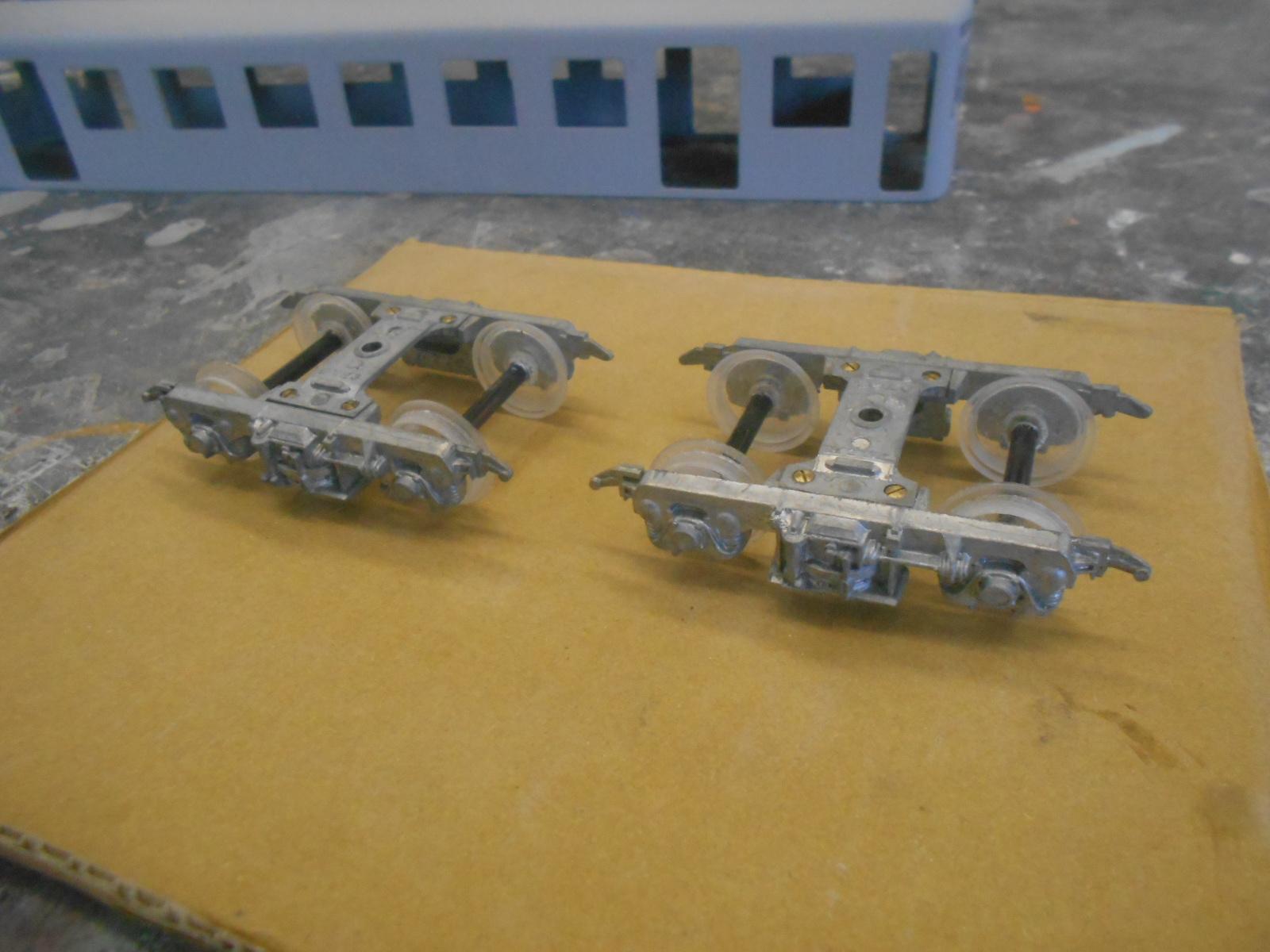 電車を作る  その2_e0146402_2337236.jpg