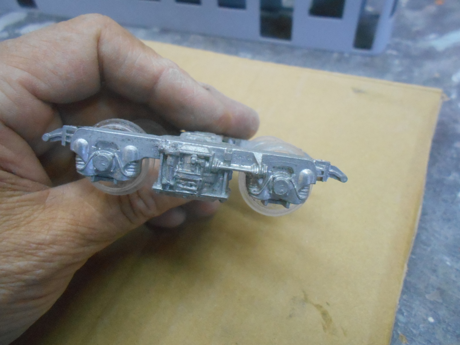 電車を作る  その2_e0146402_2337730.jpg