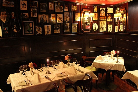 欧州出張2015年01月-第三日目-ドイツ・ミュンヘン・Gruene Gansで最高の夕食_c0153302_13362887.jpg