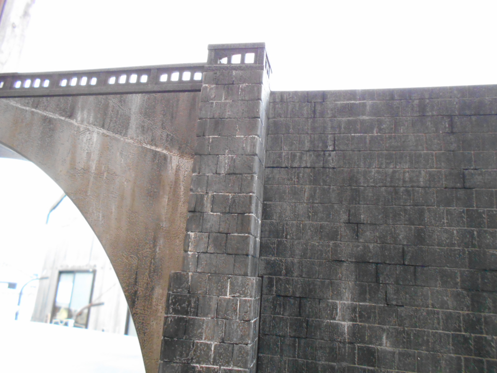 アーチ橋の製作 その3_e0146402_2121659.jpg
