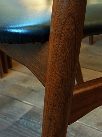 arm chair_c0139773_1825011.jpg