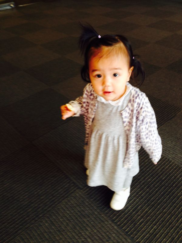 みつき1歳4ヶ月 〜歩き始めた!_e0253026_7442180.jpg