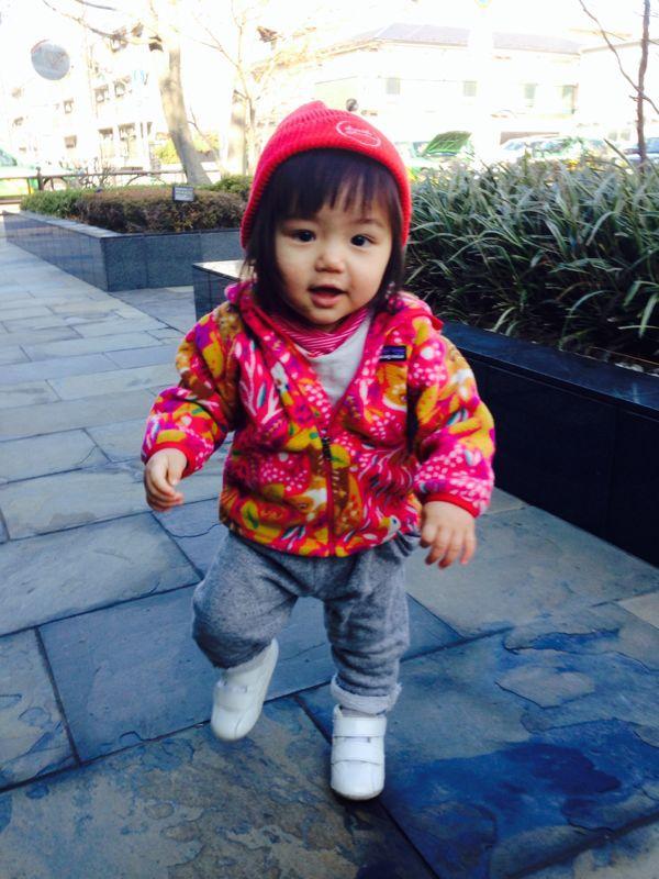 みつき1歳4ヶ月 〜歩き始めた!_e0253026_7442325.jpg