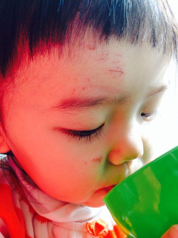 みつき1歳4ヶ月 〜歩き始めた!_e0253026_7442880.jpg