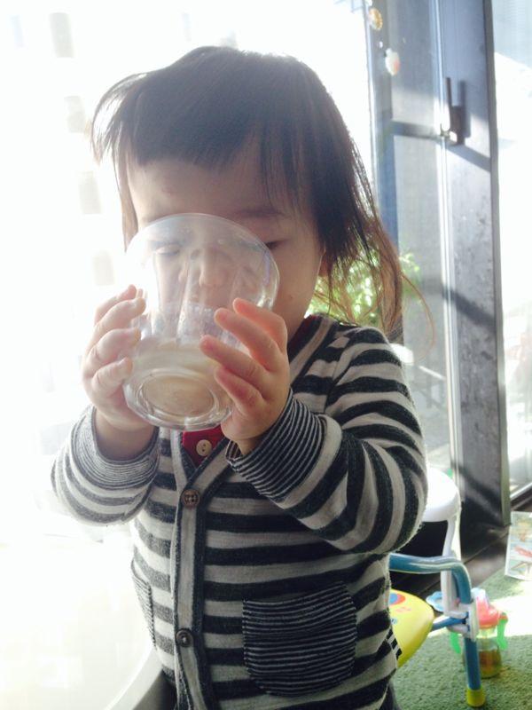 みつき1歳4ヶ月 〜歩き始めた!_e0253026_7443354.jpg