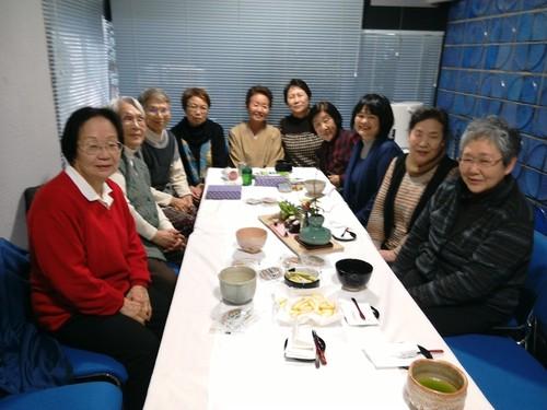 地域の方主催の茶話会に参加させて頂きました。 _b0131135_10521488.jpg