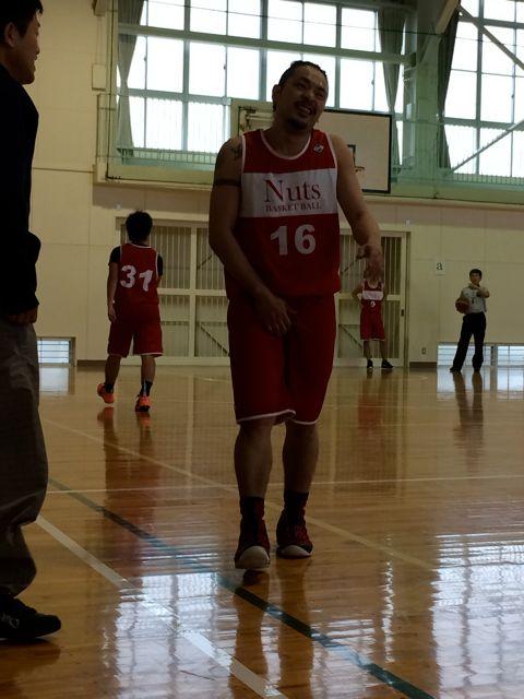 Do Nuts Basketball_a0239065_1655476.jpg