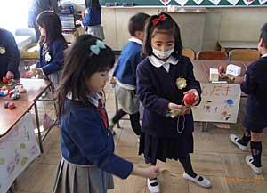 小学校での交流会☆_e0325335_864548.jpg