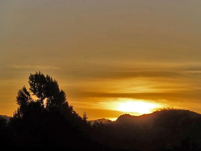 夕日と雲_e0133780_17042491.jpg