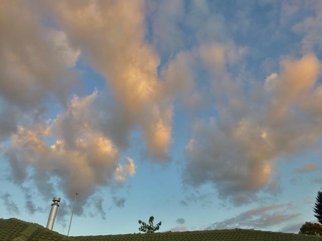 夕日と雲_e0133780_17062108.jpg