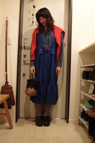 青色ジャンパースカート冷え取りファッション15 2/24_c0342582_00291316.jpg