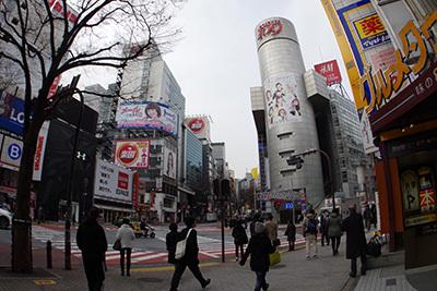 2月25日(水)の渋谷109前交差点_b0056983_11010262.jpg