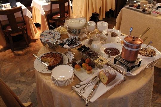 欧州出張2015年01月-第六日目-イタリア・モンツァ、ラグジュアリーなホテルの朝食_c0153302_13250069.jpg