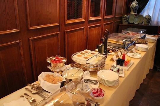欧州出張2015年01月-第六日目-イタリア・モンツァ、ラグジュアリーなホテルの朝食_c0153302_13250072.jpg