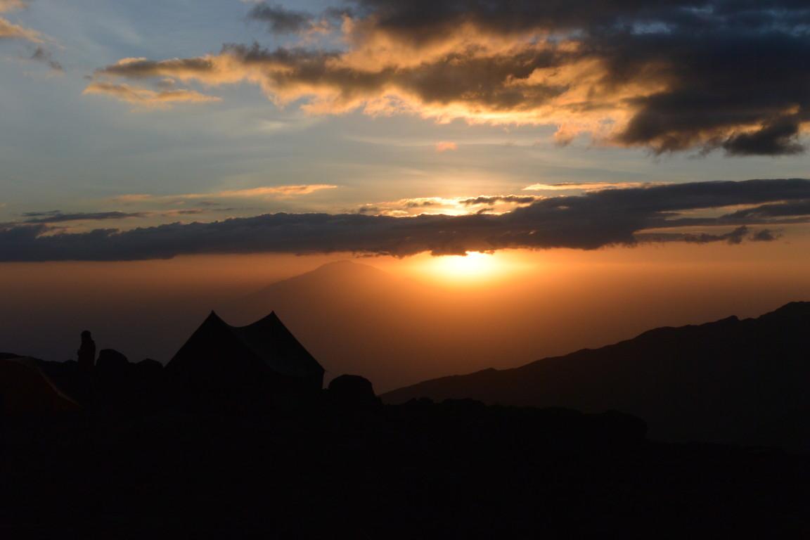 """2015年2月「アフリカの大地に聳える白き峰、キリマンジャロ」 February 2015 \""""Kilimanjaro, Africa\""""_c0219616_21244899.jpg"""