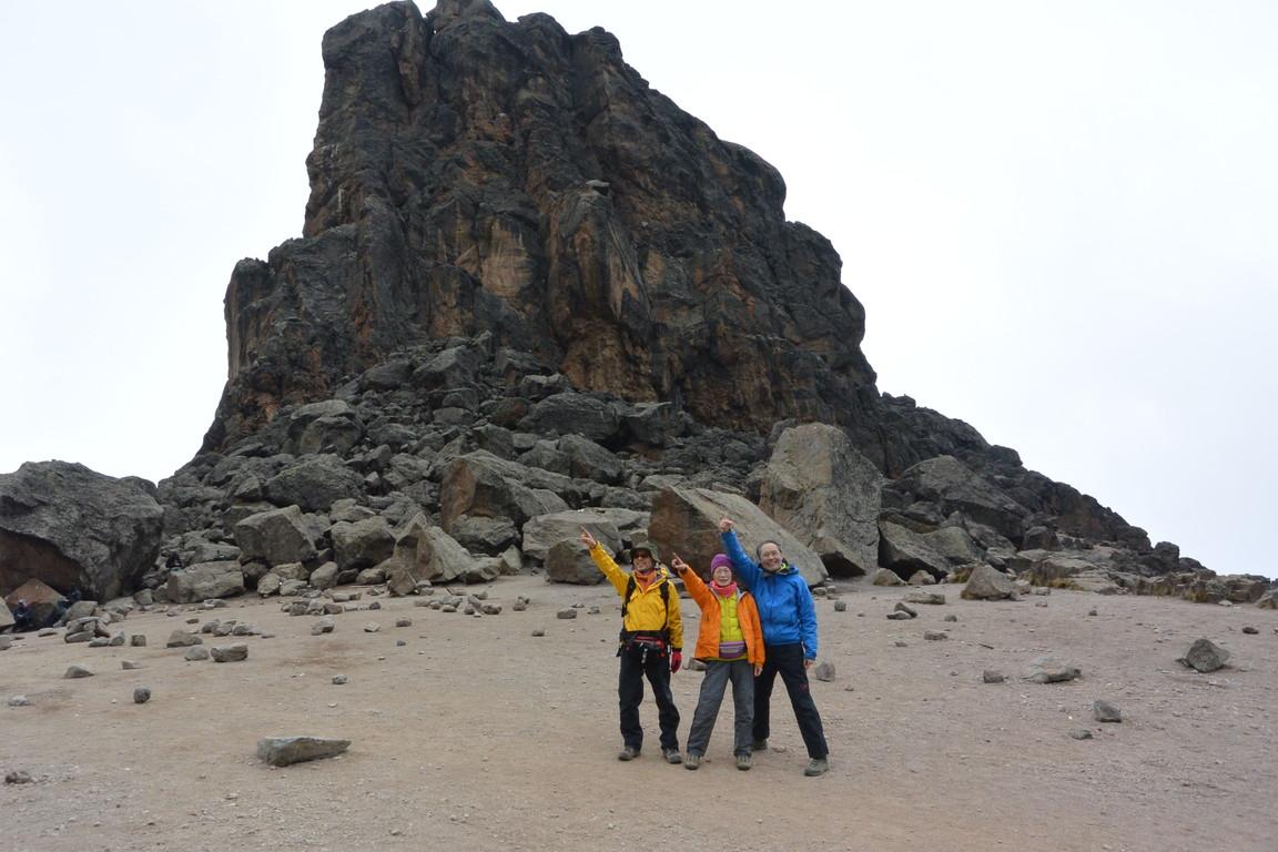"""2015年2月「アフリカの大地に聳える白き峰、キリマンジャロ」 February 2015 \""""Kilimanjaro, Africa\""""_c0219616_2144842.jpg"""