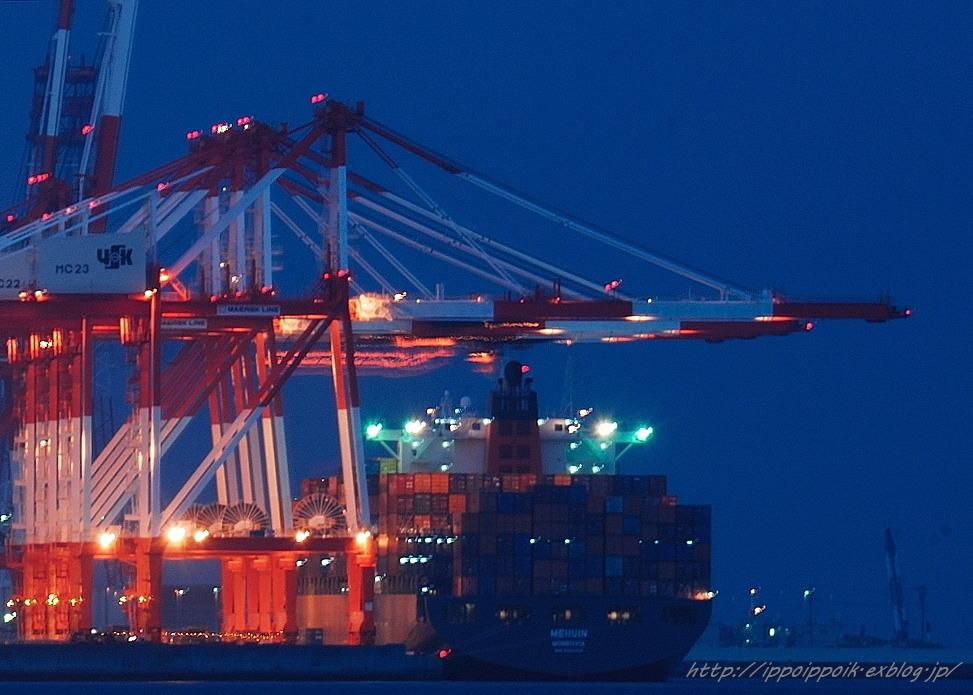 港の顔_e0152866_16165099.jpg