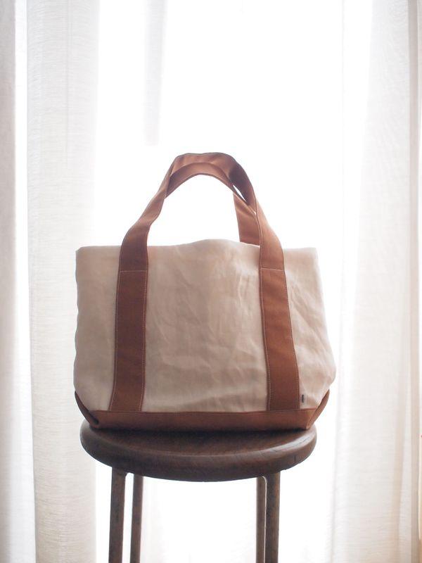 basketさんのトートバッグが入荷しました/明日(27日)は営業日です_b0278271_119859.jpg