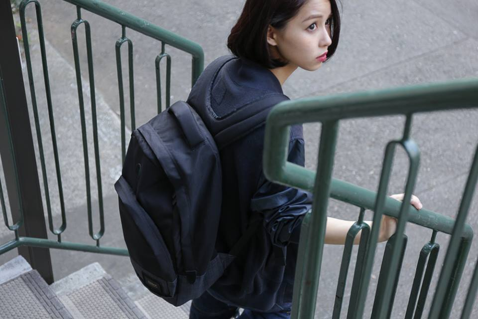 「NIXON GRANDVIEW BACKPACK」_f0208675_1855111.jpg