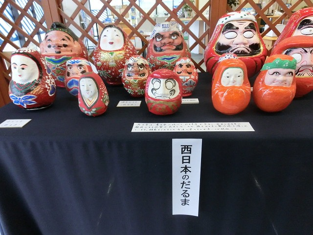 毘沙門さんには行けなかったが、NTT富士支店の「日本全国だるま展」_f0141310_7514622.jpg