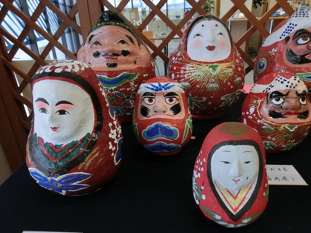 毘沙門さんには行けなかったが、NTT富士支店の「日本全国だるま展」_f0141310_7515664.jpg