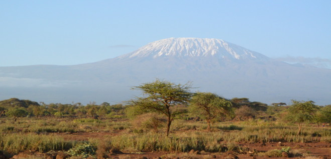 """2015年2月「アフリカの大地に聳える白き峰、キリマンジャロ」 February 2015 \""""Kilimanjaro, Africa\""""_c0219616_21572654.jpg"""