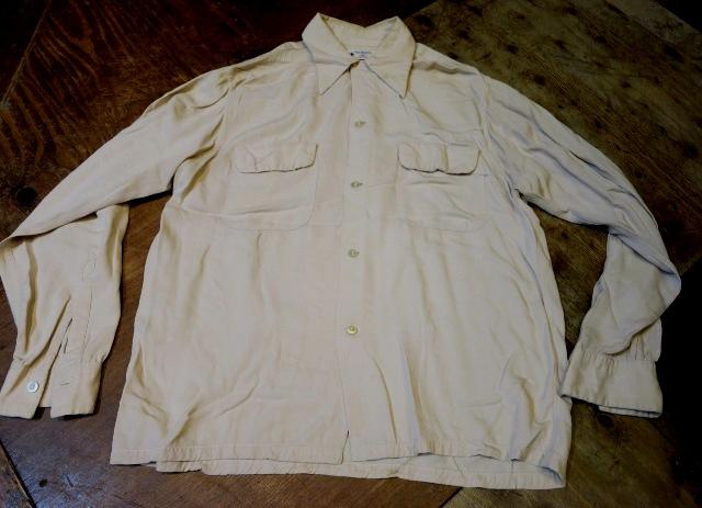 2/28(土)入荷!50'S Van Heusen レーヨン ギャバシャツ!_c0144020_152379.jpg