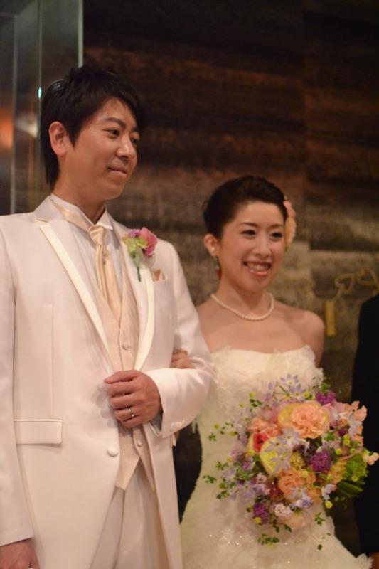 ご両親への花束と、新郎新婦様 東郷記念館様にて 「本日、結婚式」という一日に_a0042928_1423446.jpg