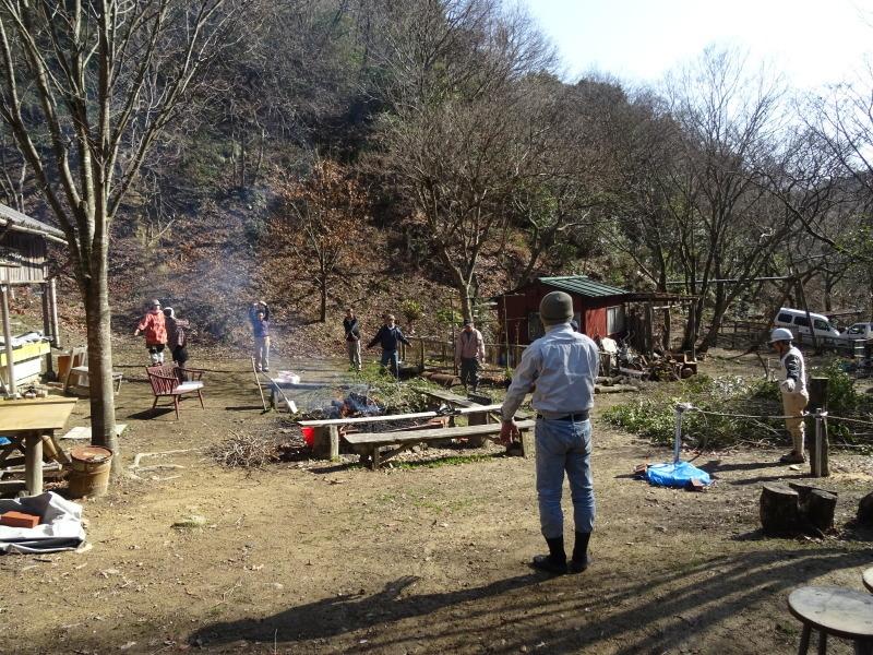 広場をきれいにしました  in  孝子の森     by     (TATE-misaki)_c0108460_20562953.jpg