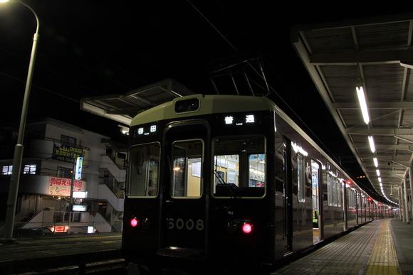 阪急6008F 箕面駅にて_d0202264_2037576.jpg