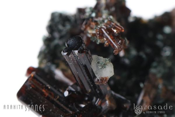 ベスビアナイト原石(イタリア産)_d0303974_20492065.jpg