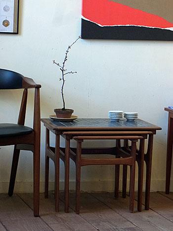 nesting table_c0139773_185573.jpg