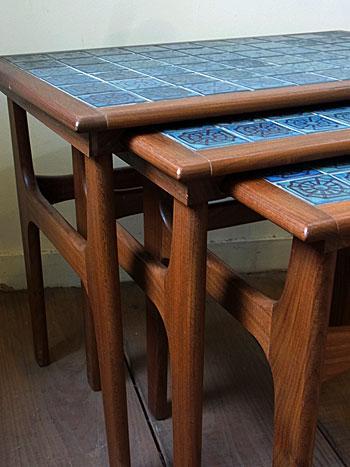 nesting table_c0139773_1891343.jpg