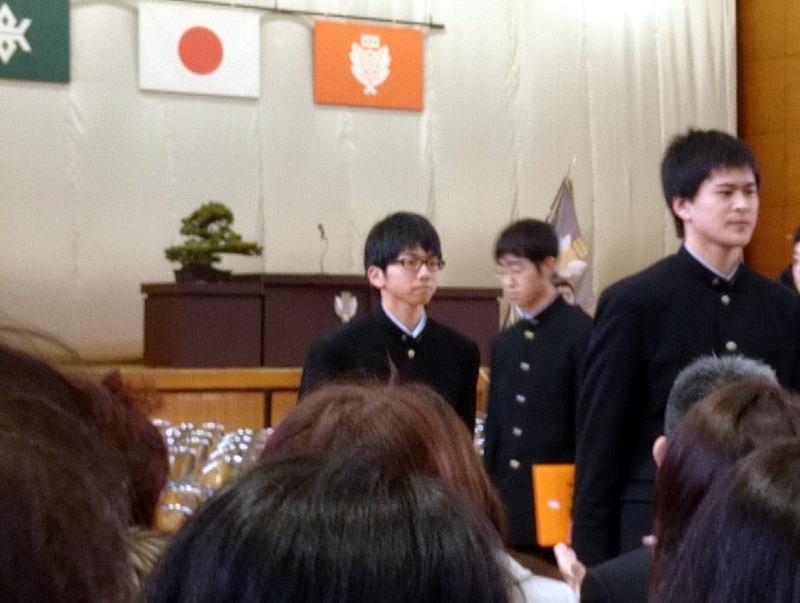 次男坊卒業式_c0108174_17135520.jpg