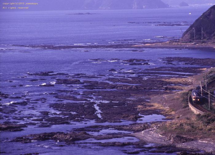 紀伊半島の海岸を望み_d0309612_21241220.jpg
