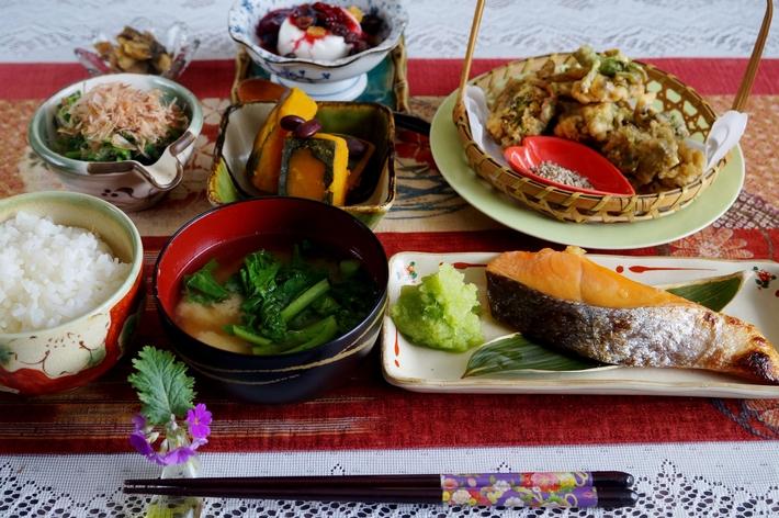 【一人朝ご飯で 簡単な和定食】です♪_b0033423_18101610.jpg