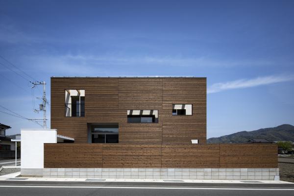 Block house_e0097130_23021391.jpg