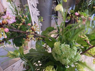 オークリーフ花の教室(春の花木を使って)_f0049672_1840352.jpg