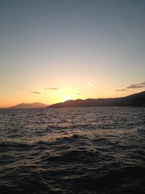 コルチェラ島から日帰りでフヴァル島へ_d0256883_3414346.jpg