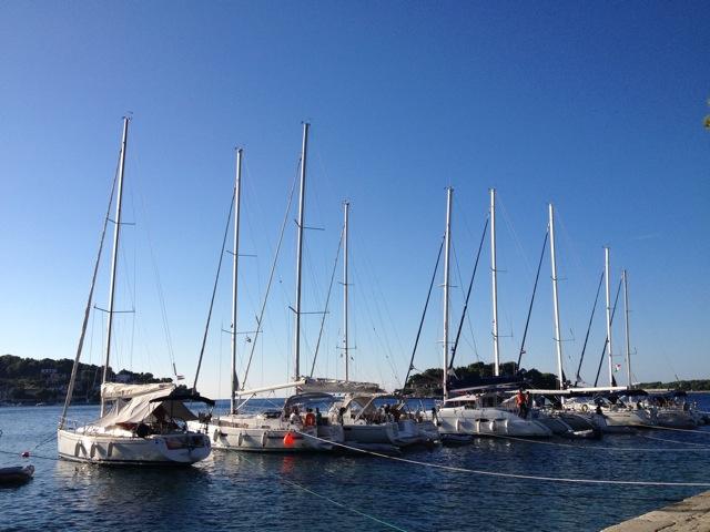 コルチェラ島から日帰りでフヴァル島へ_d0256883_3503396.jpg