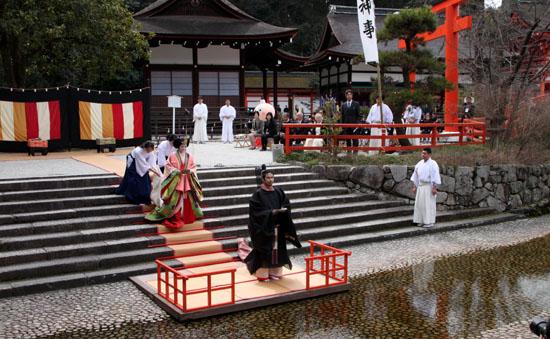 ひな祭り 下鴨神社流し雛_e0048413_20125691.jpg