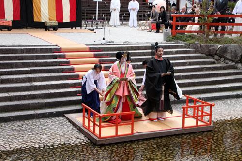 ひな祭り 下鴨神社流し雛_e0048413_2013779.jpg