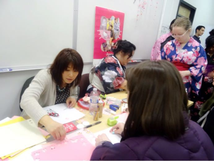 ひな祭り茶会でペーパークラフト_a0088116_18485464.jpg