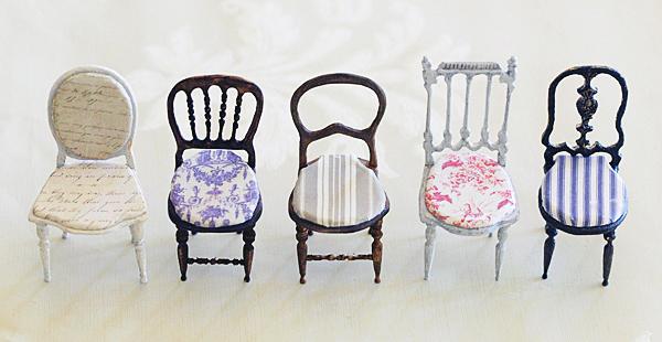 miniaure* 椅子  アンティークファブリックと、レリーフ_e0172847_17022926.jpg