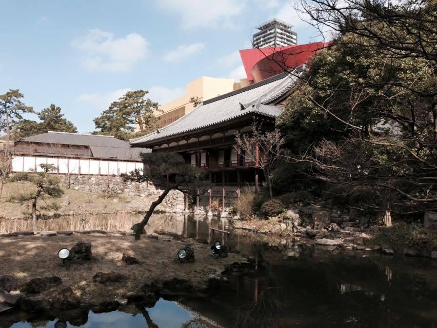 庭園越しに見える小倉城…_d0082356_17241823.jpg